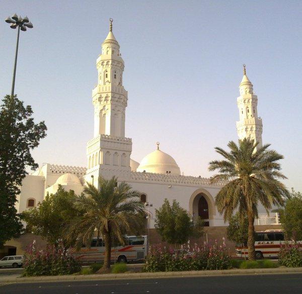 Масджид Аль-Киблатайн в Медине