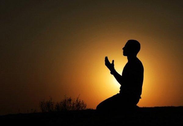 «Если бы вы не грешили, то Аллах обязательно сотворил бы творения, которые стали бы совершать грехи, а Он прощал бы их!»