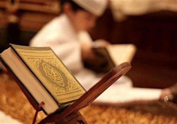 «Повинуйтесь Аллаху и Его посланнику и не препирайтесь, а не то вы падете духом и лишитесь сил. Будьте терпеливы, ибо Аллах - с терпеливыми»