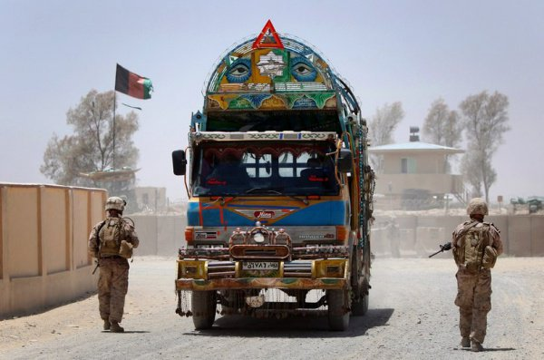 Президент Афганистана призвал талибов кмирному разговору, пообещав признать ихполитической группой