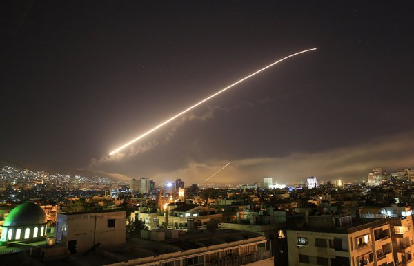 Ракеты над Дамаском, Сирия, 14 апреля © AP Photo/Hassan Ammar