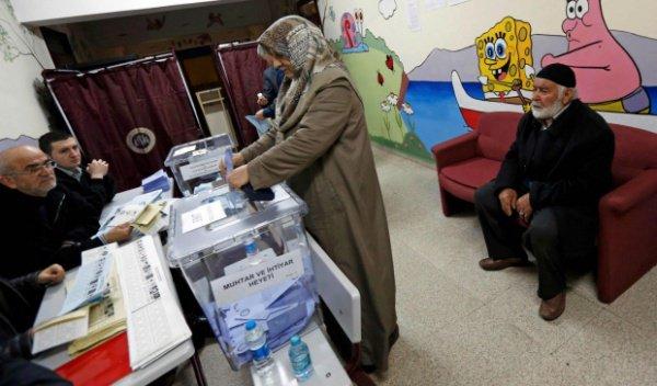 24 июня в Турции - досрочные президентские и парламентские выборы.