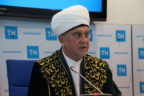Директор фонда «Вакф» Мансур хазрат Джалялетдинов